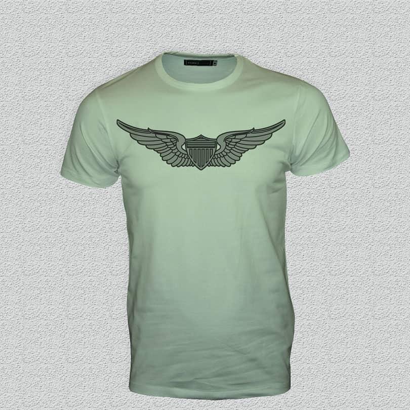 Шаблон зеленой футболки